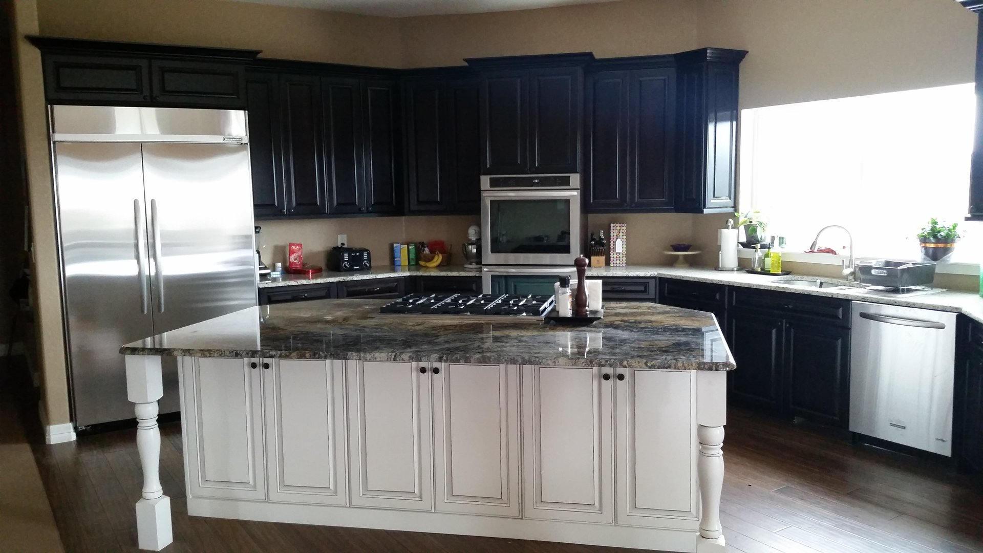 Kitchen Custom Cabinets | Bathroom Custom Cabinet Company ...